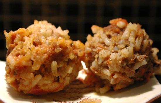 Ежики-тефтели из фарша с рисом