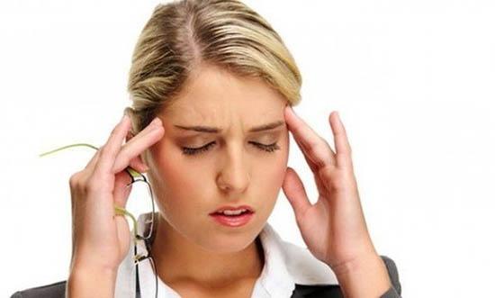 Болит голова заложен нос ломота в суставах что принять упала ушибла колено чем лечить