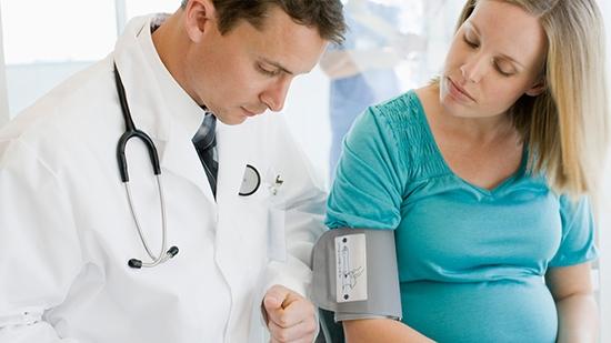 Густая кровь при беременности причины