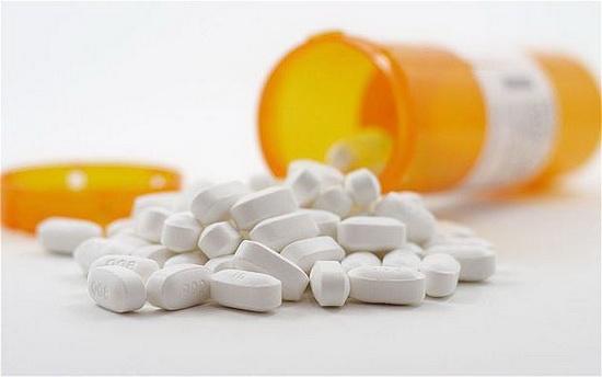 Жидкую лекарственную форму можно заменить твердой и использовать таблетки