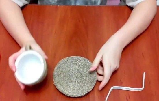 Поделки с кофейными зернами: чашка с блюдцем