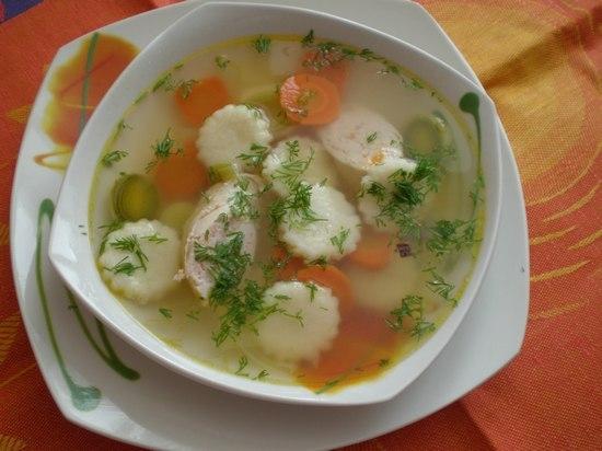 Как сделать клецки для супа с чесноком?