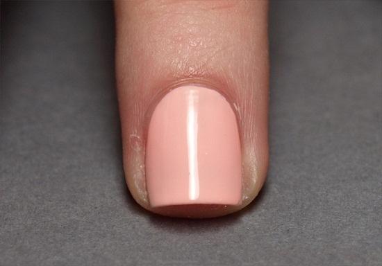 Как сделать легкие рисунки на ногтях?