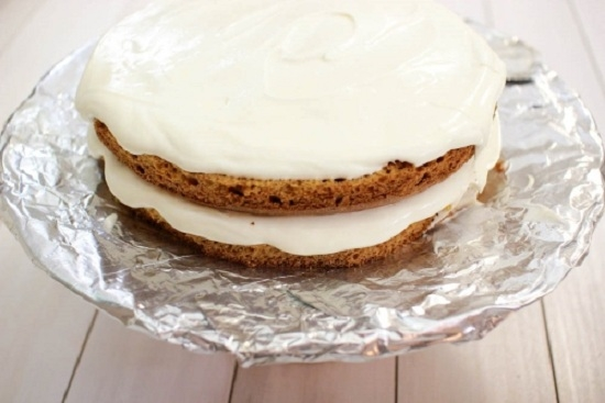 Крем со сгущенкой и сметаной для торта