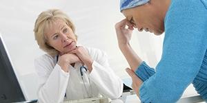 Как лечить кисту яичника без операции в домашних условиях?