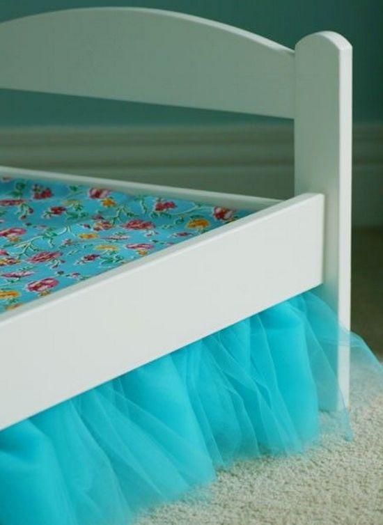 Кровать для кукол декор