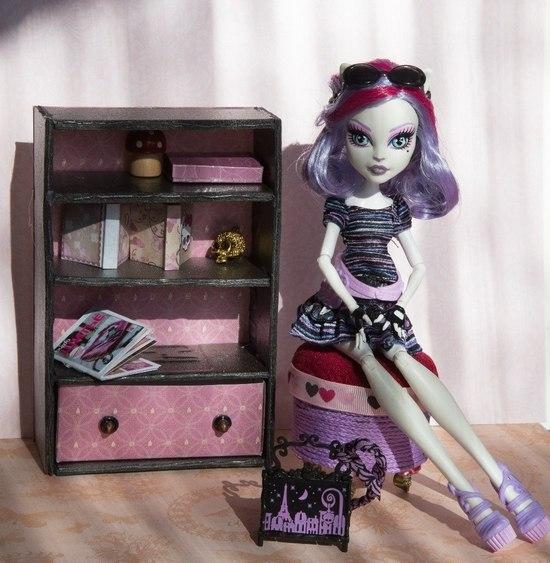 Как сделать шкаф для кукол монстер хай?