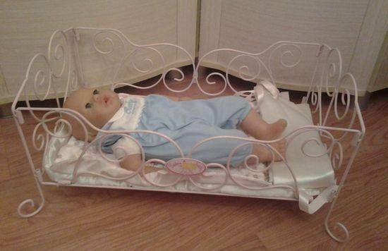 Кровать для Беби Бона из проволоки