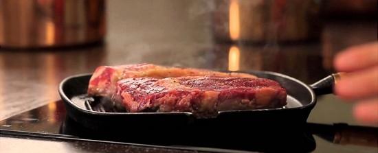 Как правильно пожарить мясо на сковороде гриль?