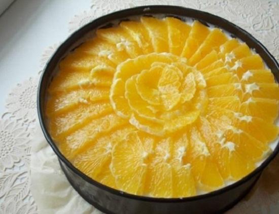 Бисквитный торт с творожным кремом и желе