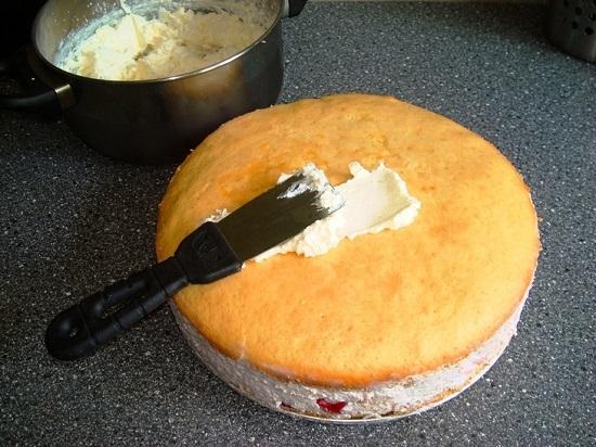 Сметано-творожный крем для бисквитного торта