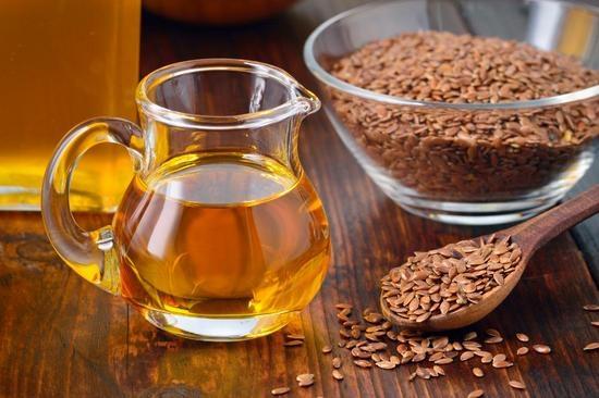 Льняное масло: похорошеть проще простого!