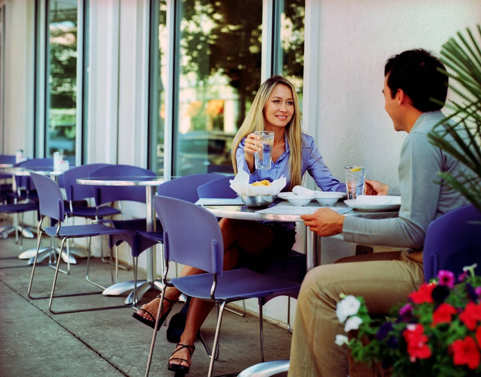 сидим в кафе картинки представим вам варианты
