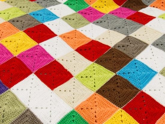 Бабушкин квадрат крючком: схемы для пледов Плед крючком из квадратов: схема