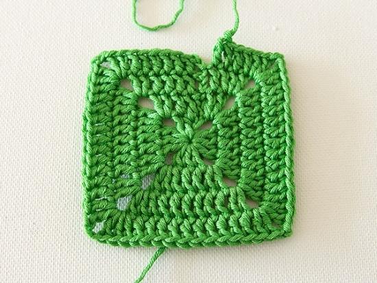 Плед крючком из квадратов: вязание