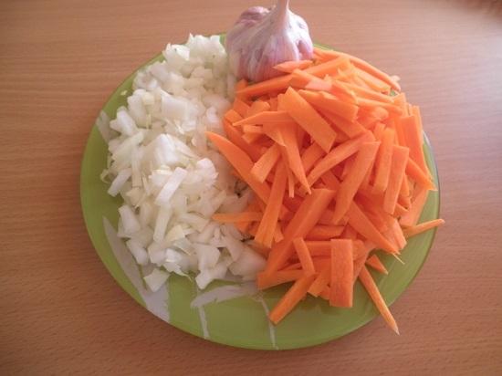 Лук, морковь, чеснок