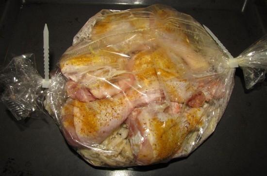 сколько нужно готовить курицу в духовке