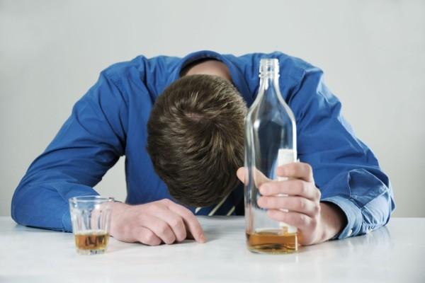 Чем быстро снять алкогольное отравление в домашних условиях 117