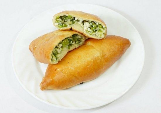 Пирожки с зеленым луком и яйцами в духовке пошаговый рецепт