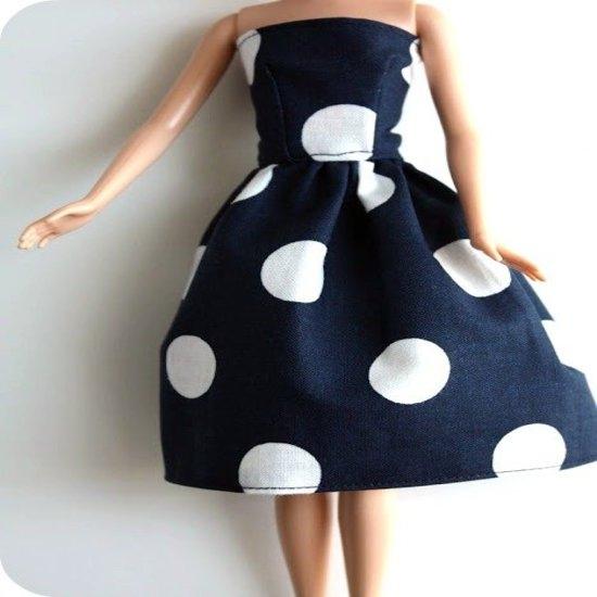 Как сшить платье для куклы Барби