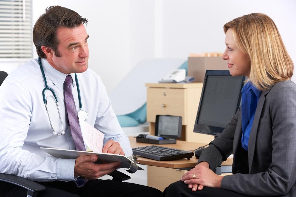 Светло-коричневые выделения при беременности сигнализируют об опасности Лечение при коричневых выделениях у беременныхЖенское мнение