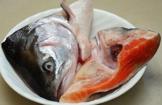 Уха из головы и хвоста семги: рецепты с фото
