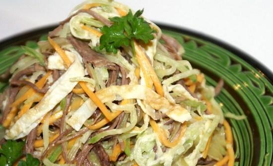 салат с мясом и редькой зеленой и