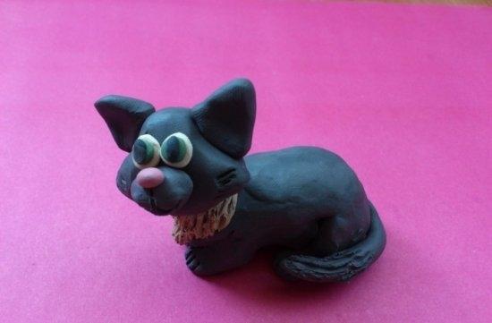 Как слепить кошку из пластилина?