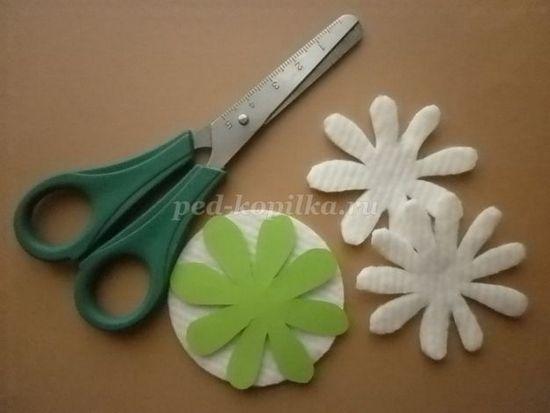 Цветы своими руками из подручных материалов фото