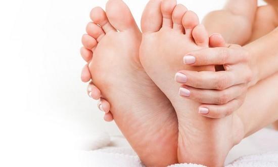 effektivnoe-sredstvo-ot-gribka-na-rukah-i-nogah