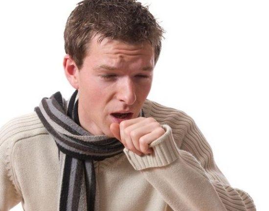 Сухость и першение в горле: причины и возможные заболевания