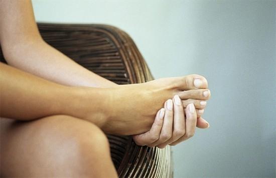 Как правильно стричь ногти у детей на ногах 79
