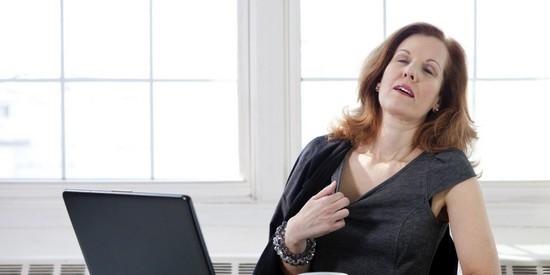 Причины приливов жара у женщин