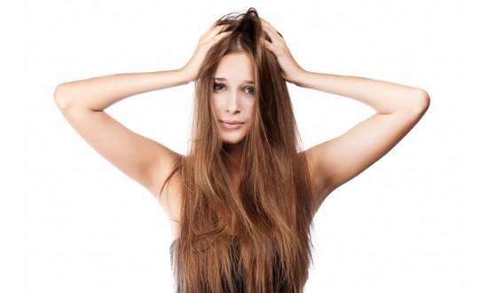 признаком какой болезни является корка на голове у взрослого