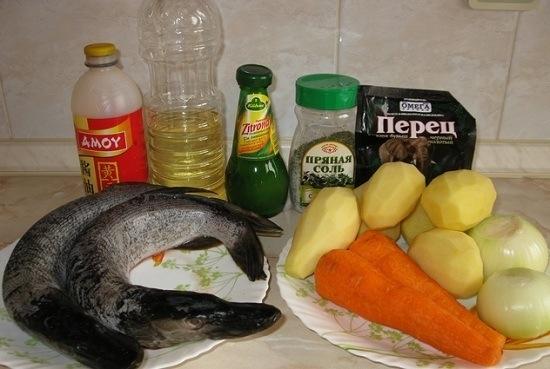 Готовим картофель,морковь и рыбу
