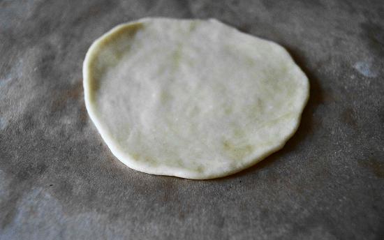 Пирожки из пресного творожного теста в духовке