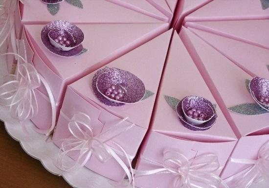 Как сделать торт из бумаги с пожеланиями?