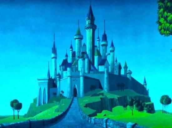 Как поэтапно нарисовать карандашом замок?