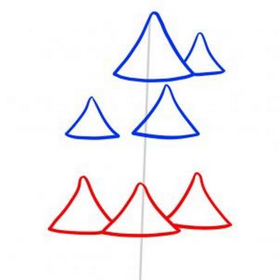 Затем рисуем три треугольника