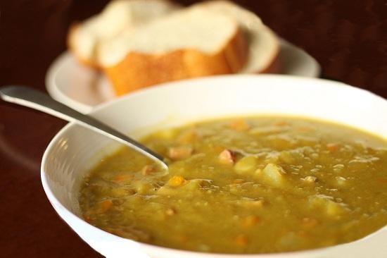 Гороховый суп в мультиварке «Редмонд»