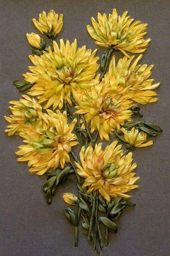 Вышивка лентами: полевые цветы