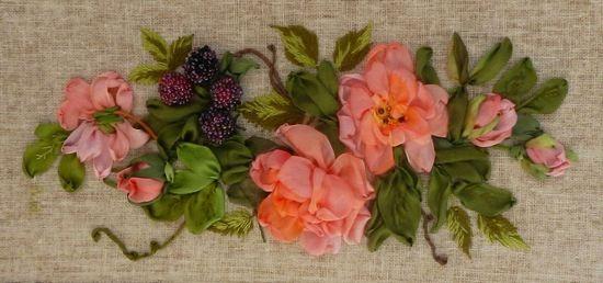 Вышивка лентами: лесные цветы