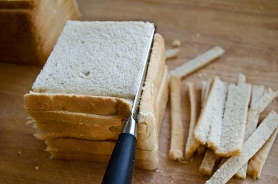 Нарезка хлеба для кириешек