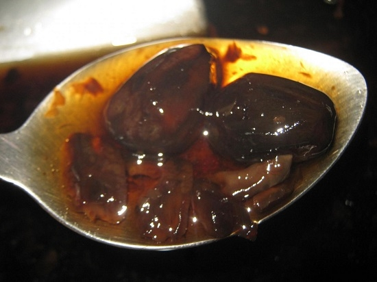варенье, приготовленное из недозревших плодов грецкого ореха