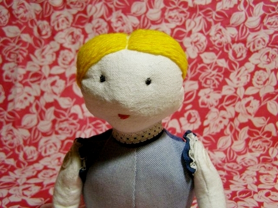 Куклы из ткани и пластика своими руками