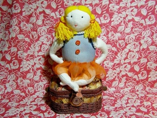 Добавляем куколке гардероб из лоскутов