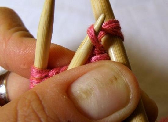 Как связать капюшон спицами от горловины техникой прямого вязания: шаг 11