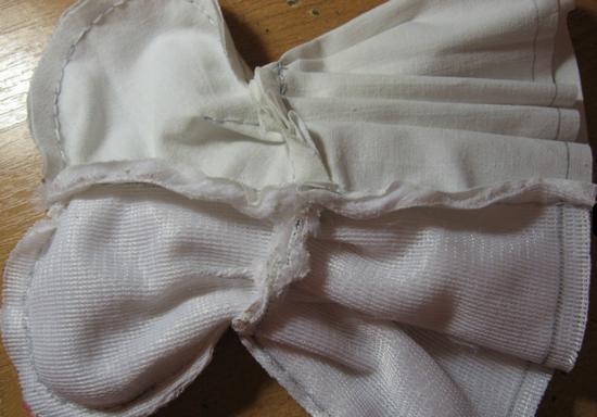 Выкройки и пошив одежды для кукол Монстер Хай своими руками