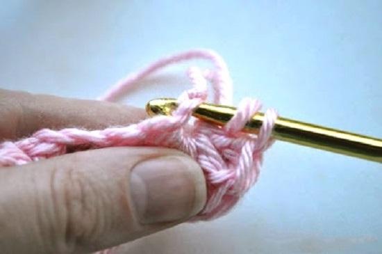 Как связать летний вариант детской повязки: шаг 5