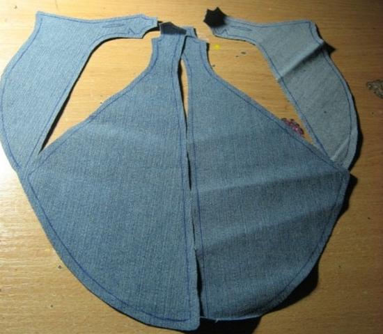 Бумажные детали переносим на джинс, вырезаем